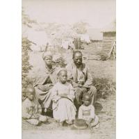 Aaron, sa femme Ruth et leurs enfants