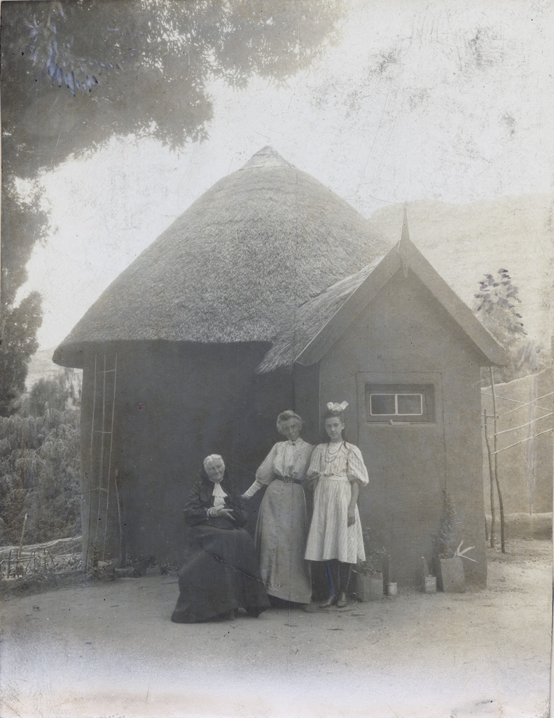 Adèle Mabille / non identifié (1895/1908)