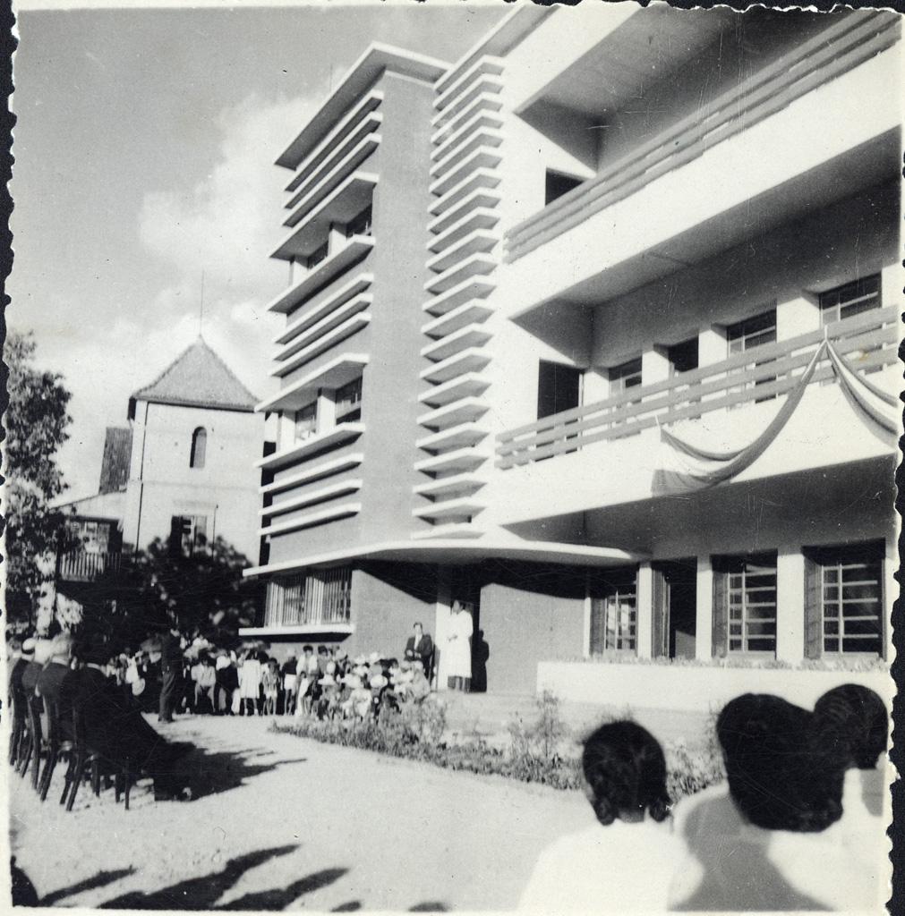 Allocution d'une ancienne interne / non identifié (1956-05)