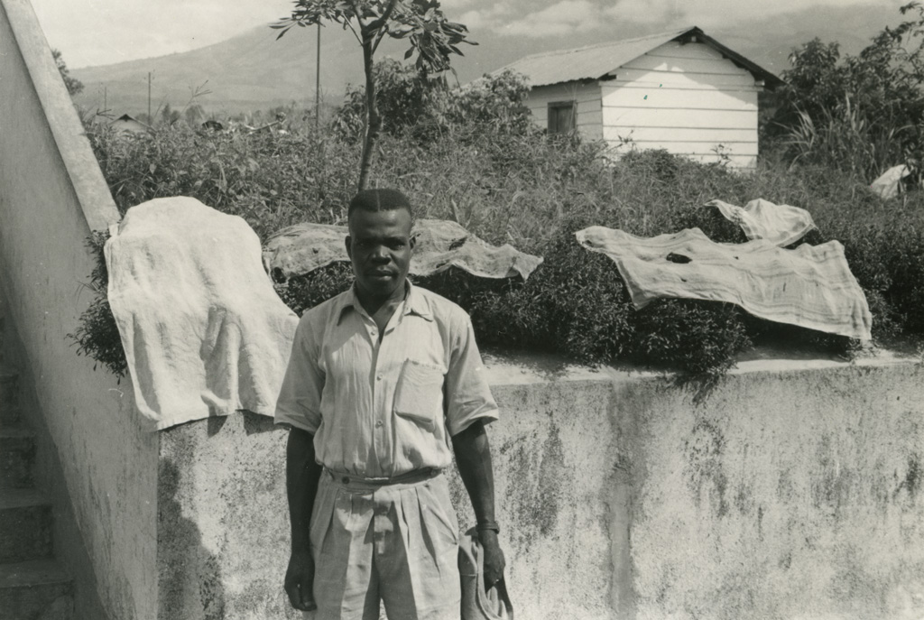 Ancien tuberculeux de Ndoungue / Jean Cabrol (1956-1961)