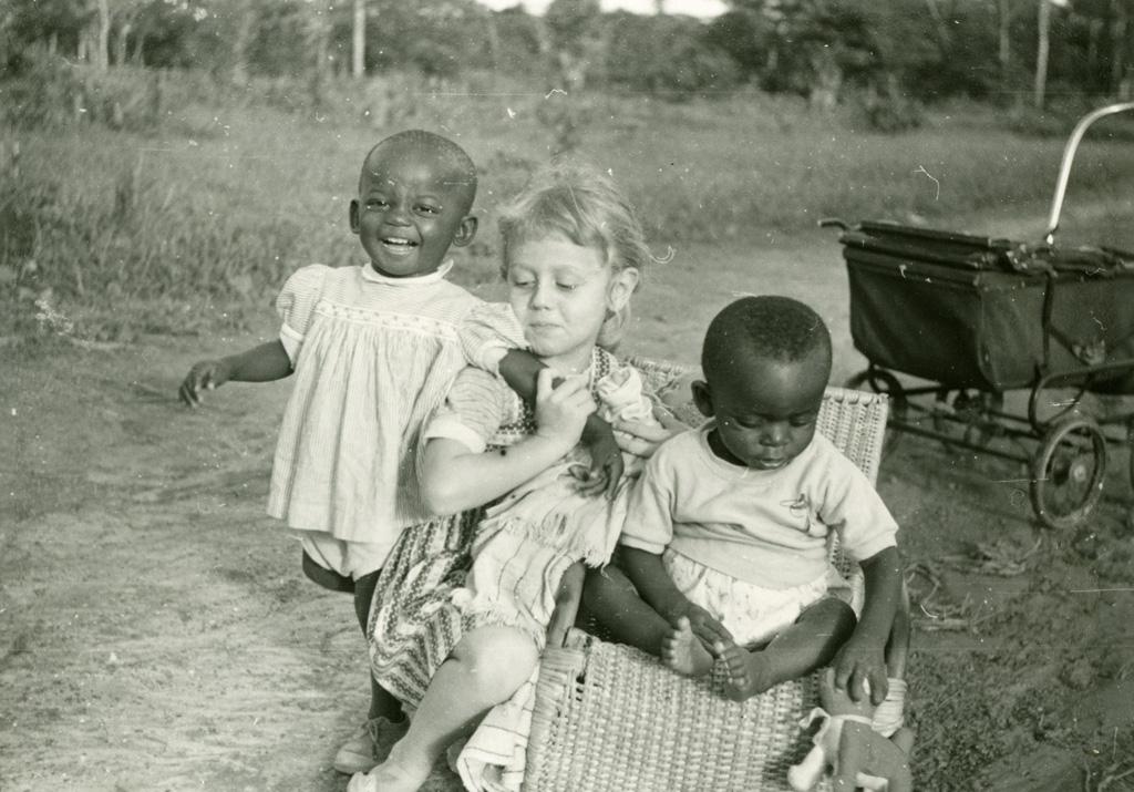 Annie Gambier, Ada et Emmanuel