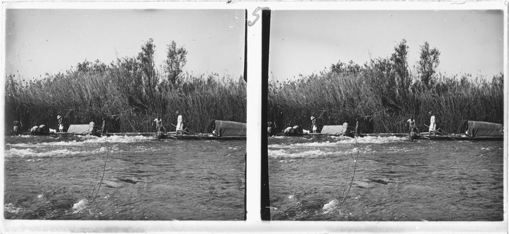 Arrivée aux rapides de Kalé, les missionnaires Dieterlen et Brummer