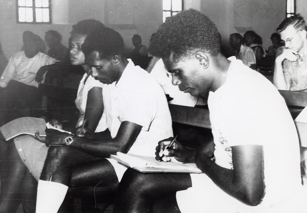 Assemblée des Eglises du Pacifique à Chepenehe, 1966 : des délégués lors d'une réunion