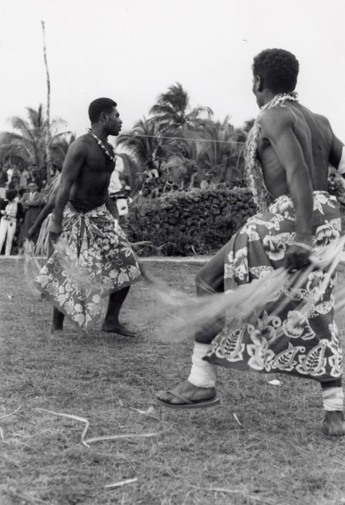 Assemblée des Eglises du Pacifique à Chepenehe, 1966 : un spectacle de danse / non identifié (1966-05-25/1966-06-07)