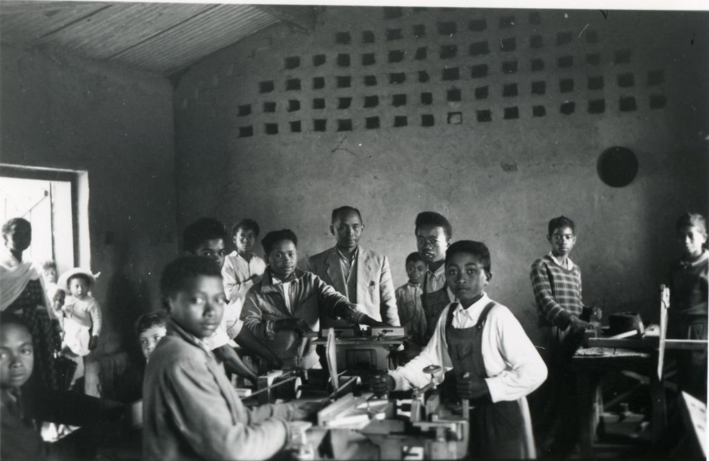 Atelier de l'école de la Mission Protestante Française de Fenoarivo près de Tananarive