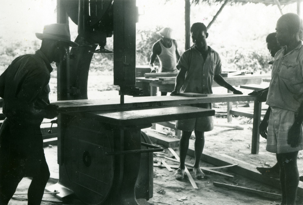 Atelier - léproserie d'Oyem