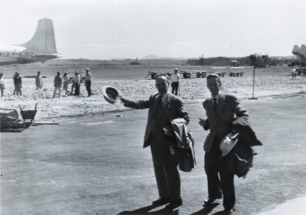 Au revoir (MM. Charles Bonzon et Charles Foltz)