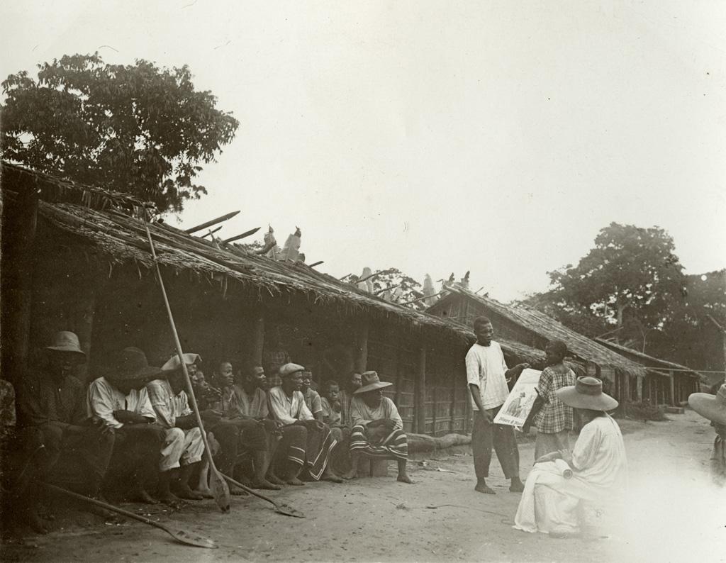 Au village, cours d'adultes / non identifié (1900/1920)