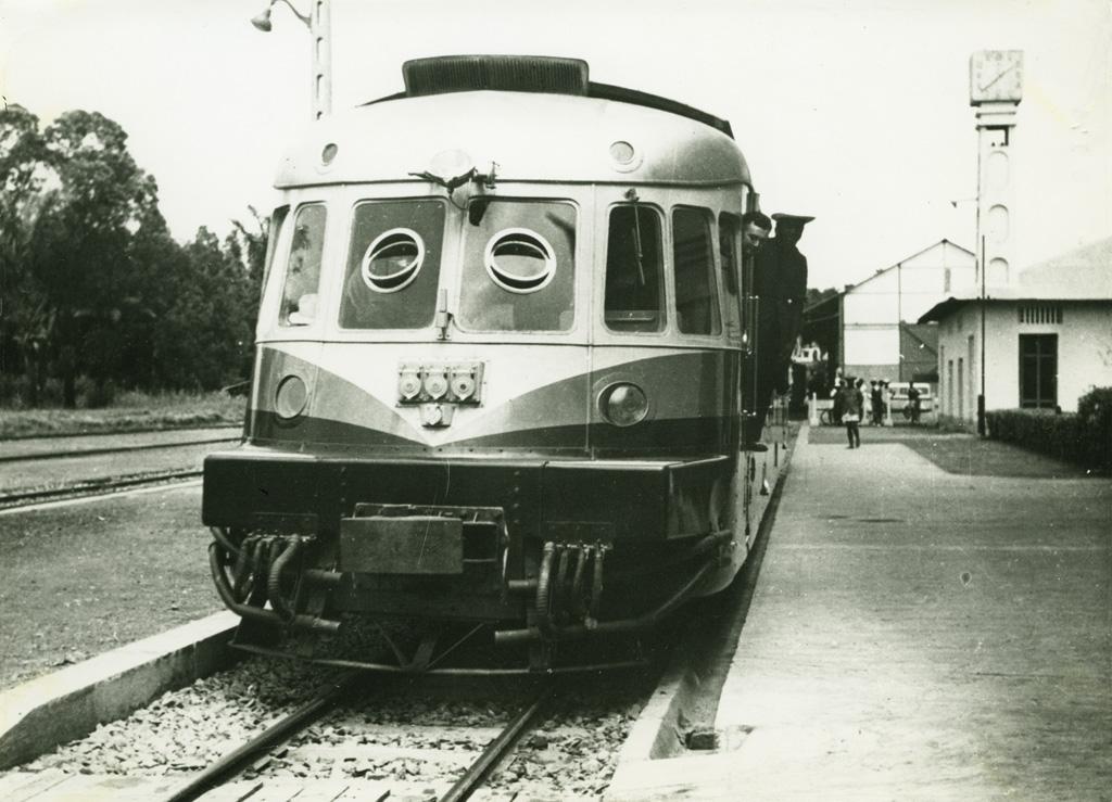 Autorail à Yaoundé / non identifié (19501/970)