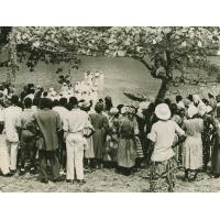 Baptême par immersion dans une rivière