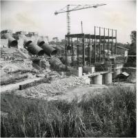 Barrage d'Edea, construction de la centrale