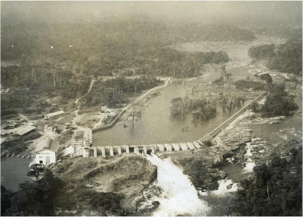 Barrage d'Edea