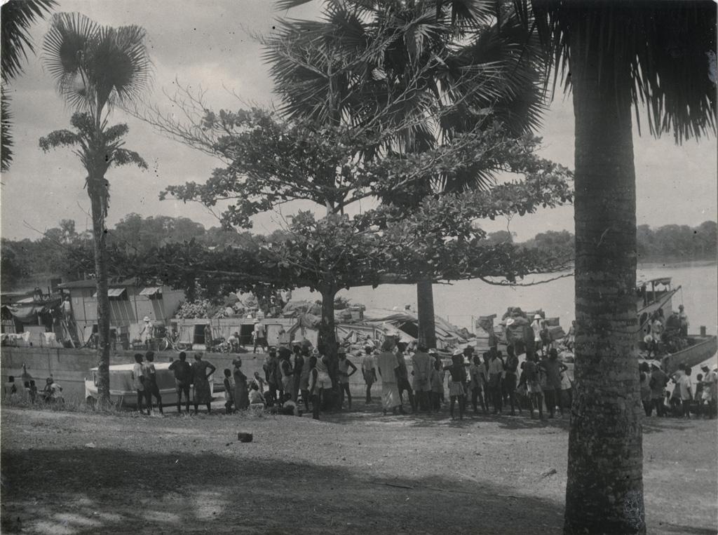 Bateau fluvial L'Avanga
