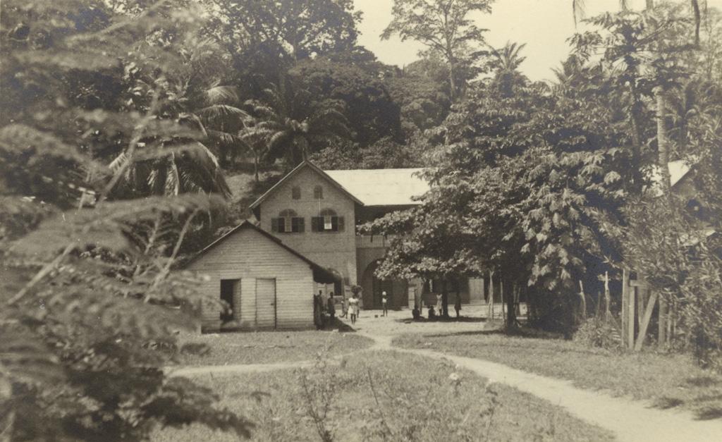 Bâtiment de l'école de filles de Lambaréné