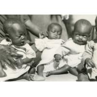 Bébés de la pouponnière de Bangwa