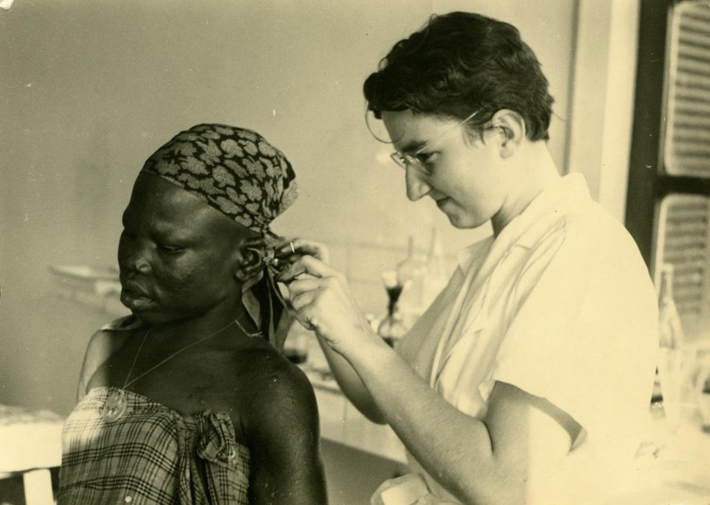 Biopsie de l'oreille, mademoiselle Roy
