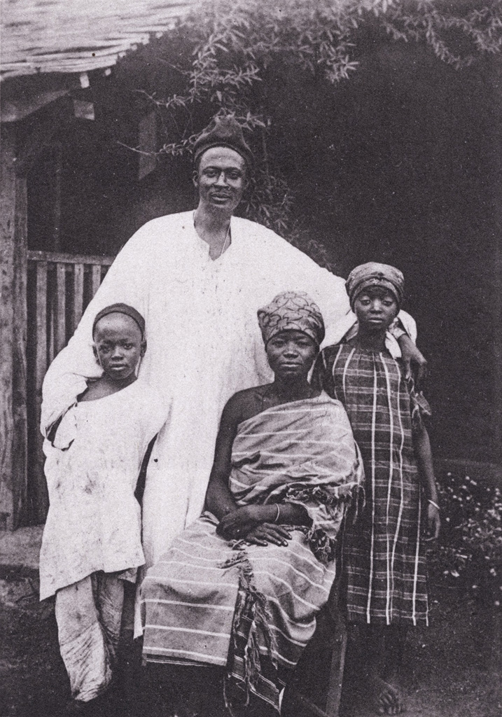 Cameroun - Famille chrétienne à Foumban / Anna Wuhrmann (1910/1930)