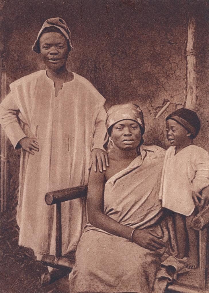 Cameroun - Famille chrétienne de Foumban
