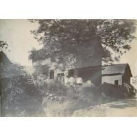 Case malgache occupée en 1898 par M. le missionnaire Vernier