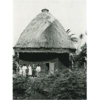 Cases avec toit de chaume