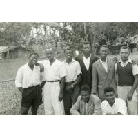 Chefs de camp, à Samkita, Gabon