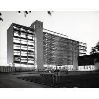 Collège Evelyn Hone, d'éducation supérieure avec un corps enseignant spécialisé