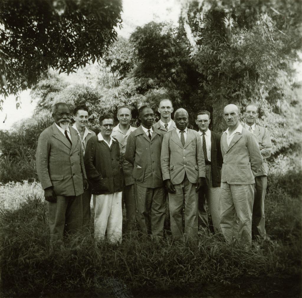 Comité de l'école de théologie de Ndoungue / non identifié (1953-09-24)