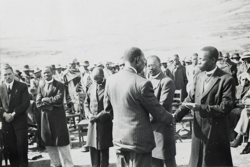 Consécration de K. Tsekoa à Qholaqhoe / non identifié (02/09/51)