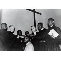 Consécration du pasteur Kingsley Mwenda lors du synode de l'Eglise Unie d'Afrique Centrale à Bancroft