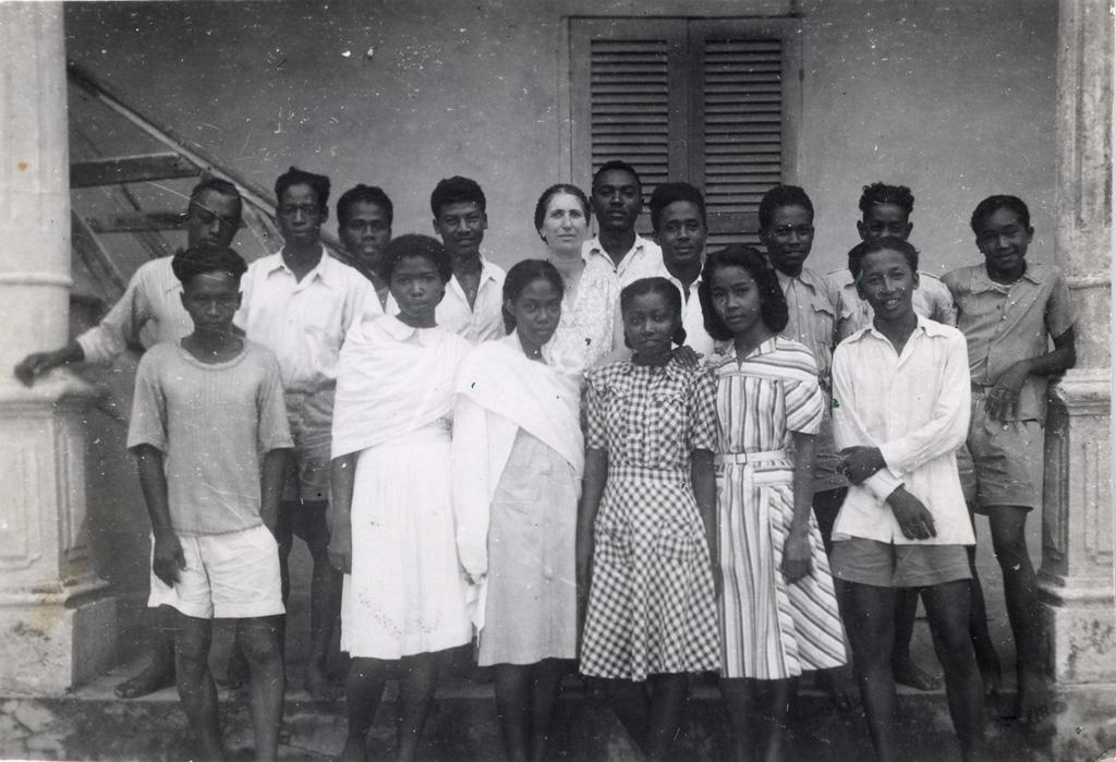 Cours supérieur, classe de troisième année / Geneviève Barnaud (1937/1958)