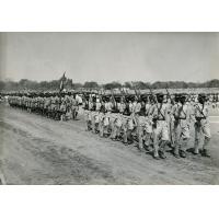 Défilé de la première compagnie de l'armée camerounaise