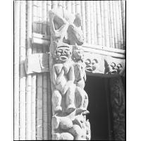 Détail de sculpture de cadre de porte