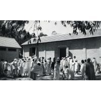 Distribution de ravitaillement aux lépreux