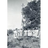 Eclaireuses ainées au camp dans l'Ankaratra