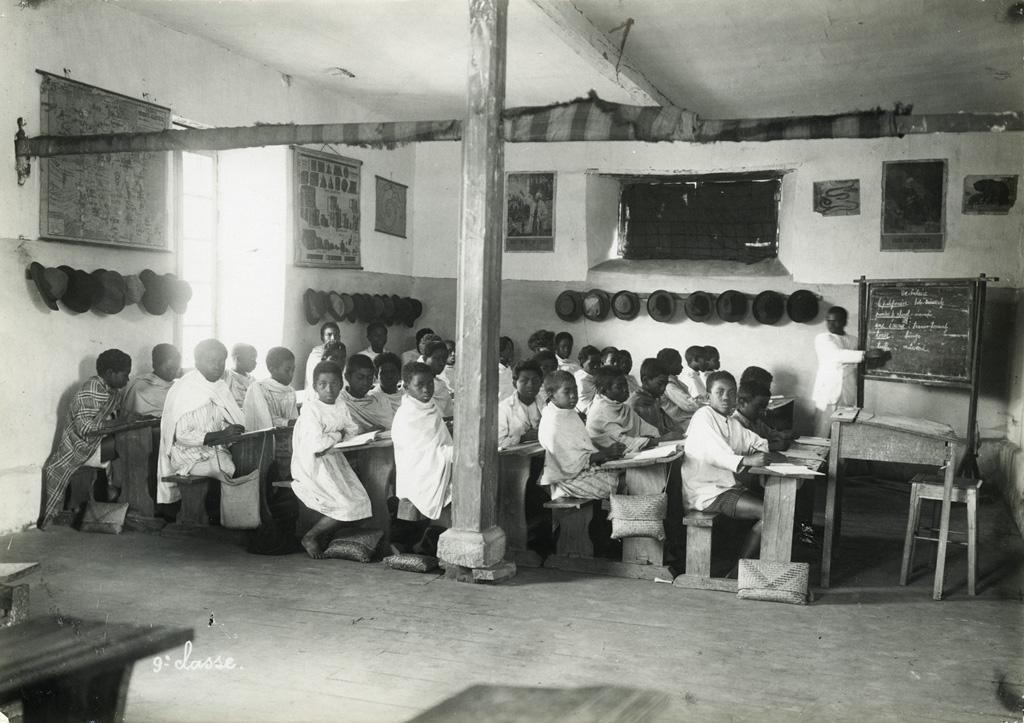 Ecole Benjamin Escande, élèves de la 9ème classe