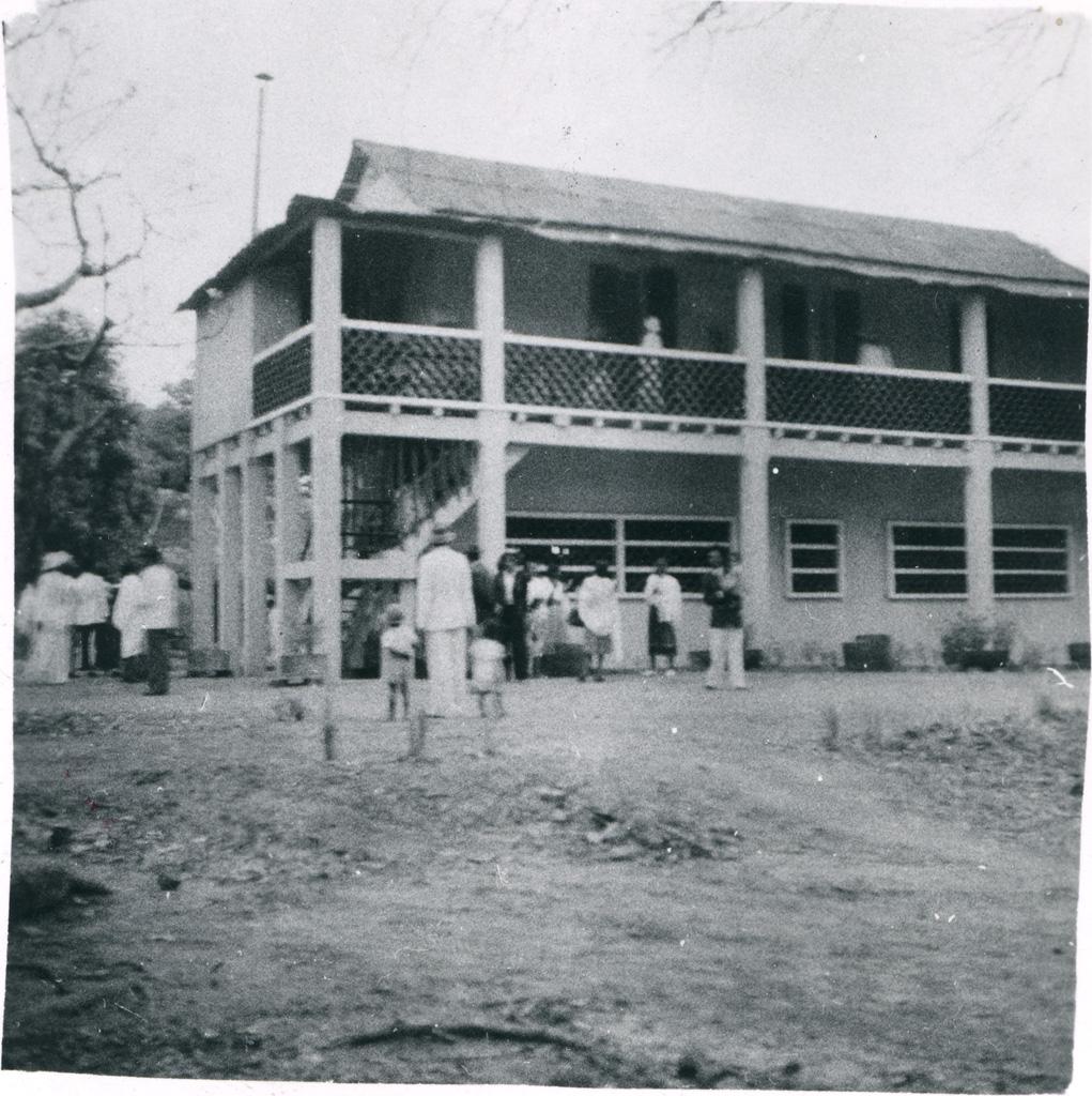 Ecole biblique inaugurée le 22 août 1954