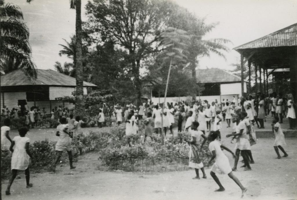 Ecole de filles d'Akwa-Douala (Bonamuti)