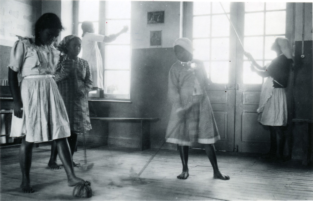 Ecole ménagère, grand nettoyage