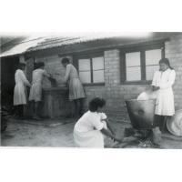 Ecole ménagère, la lessive