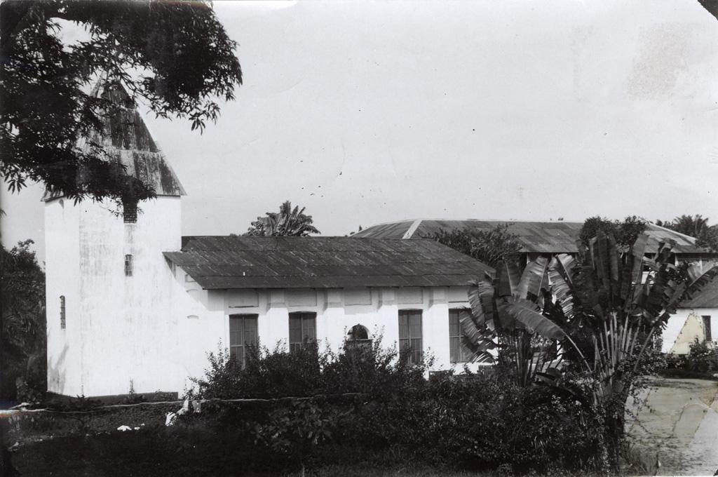 Eglise construite par Alfred Saker, fondateur de la mission du Cameroun