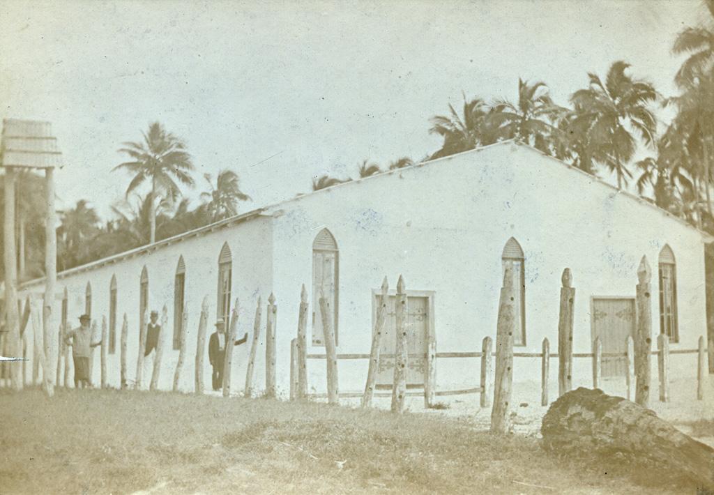 Eglise (?) en Nouvelle-Calédonie