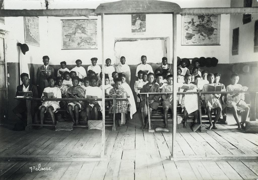 Elèves de classe de septième à l'Ecole Benjamin Escande