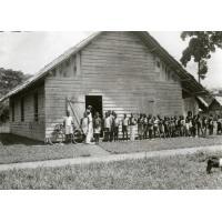 Enfants de l'école d'Ovan