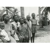 Evangéliste Menge et sa famille