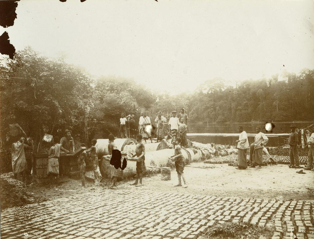 Fabrication des briques à Lambaréné