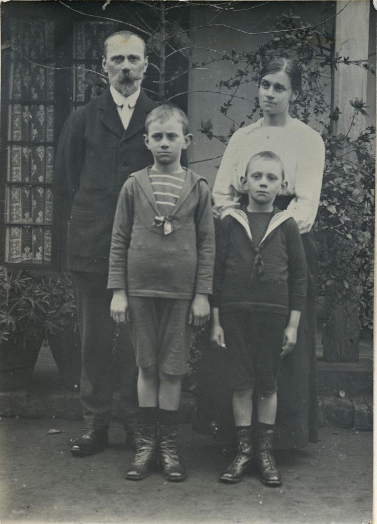 [Famille missionnaire]