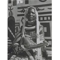 [Femme africaine]