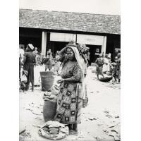 Femme au marché d'Ebolowa