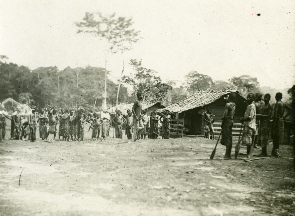 Groupe, au Gabon