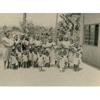 Groupe d'enfants de la pouponnière de Bangangte